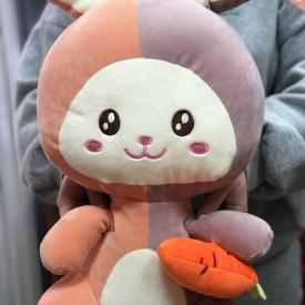 Зайчик с морковкой (50см)